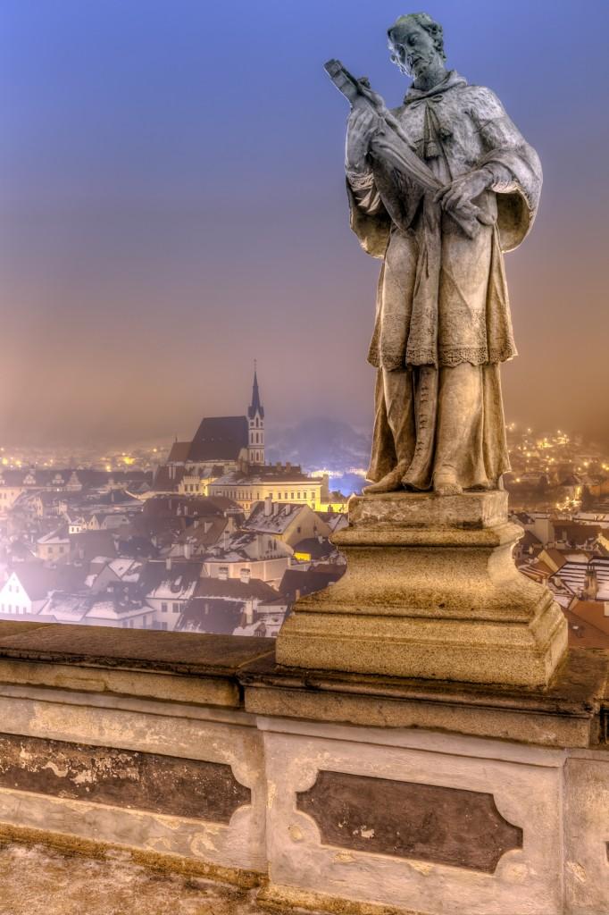 Чешский Крумлов ночью. Замковый мост