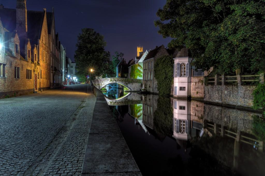 Ночной Брюгге